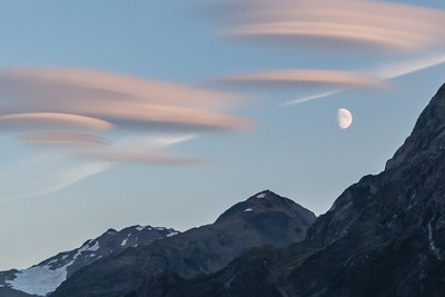 Sunset lenticular clouds