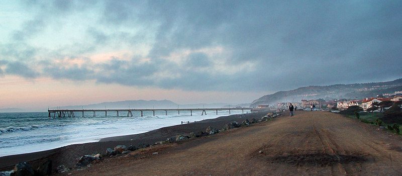 Pacifica Pier from the seawall trail