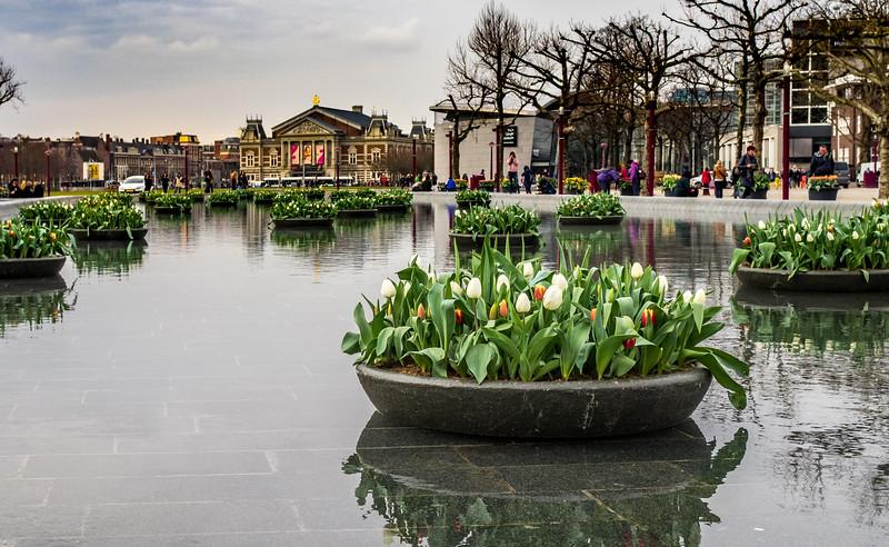 Amsterdam: near Van Gogh museum