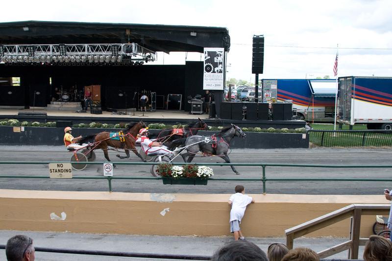 IMG_9055 horse race