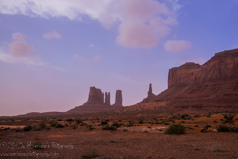Monument valley  - Dust storm brewing