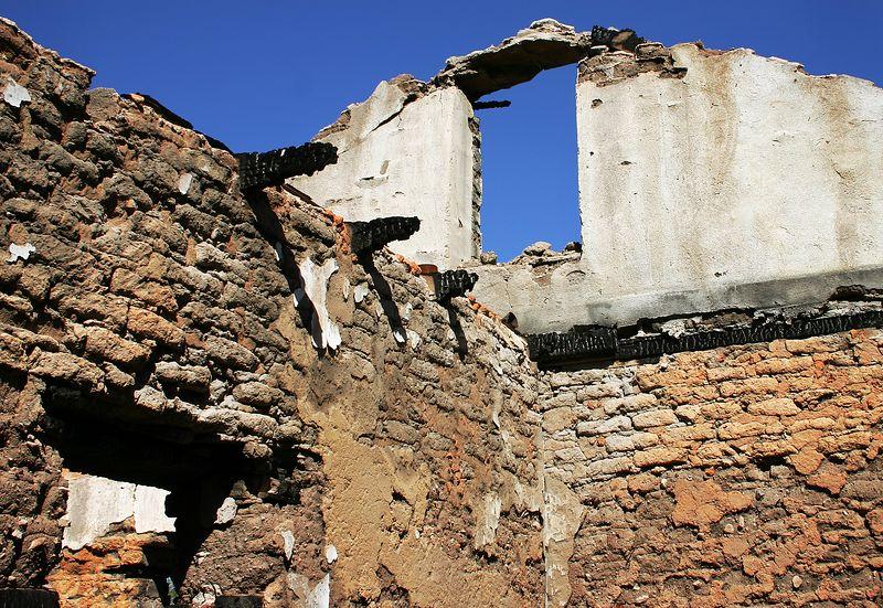 Adobe brick ruin in Arizona