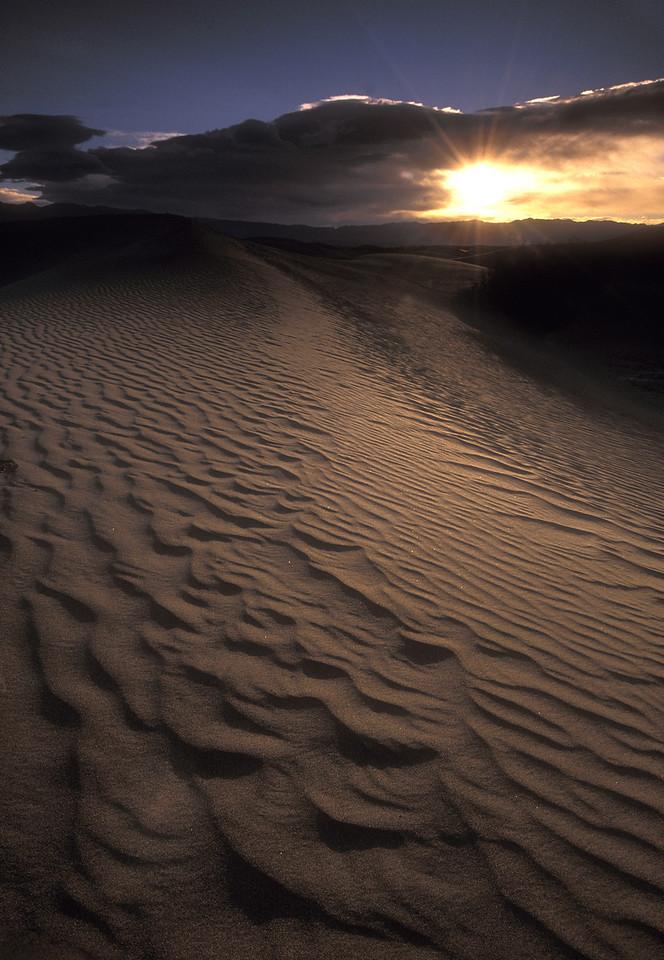 Death Valley National Park Sunrise on Sand dunes IMG025