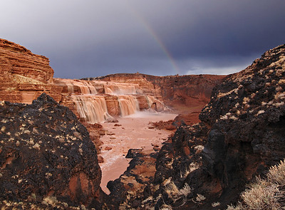 Fallsbow. Grand Falls on the Little Colorado River.