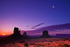 Arizona,  Monument Valley, Sunrise Landscape 亚利桑那 碑山谷 沙漠 风景