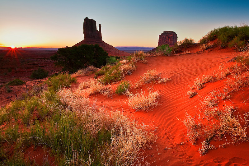 Arizona,  Monument Valley, Sunrise, Dune Landscape 亚利桑那 碑山谷 沙漠 风景