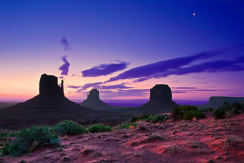 Arizona,  Monument Valley, Sunrise Landscape 亚利桑那 碑山谷 沙漠 风景