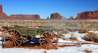 Wagon, Monument Valley Panorama