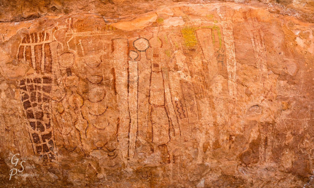 Tuckup Canyon pictographs in the Grand Canyon