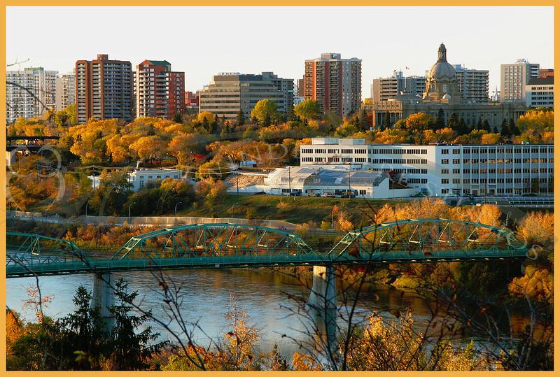 Fall in Edmonton, looking westward from Saskatchewan Drive