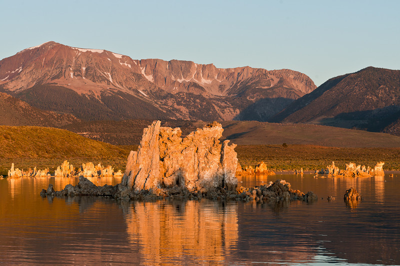 Sunrise, the Sierra crest and tufa
