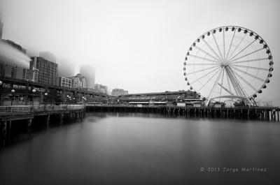 Seattle Waterfront & Seattle Ferris Wheel