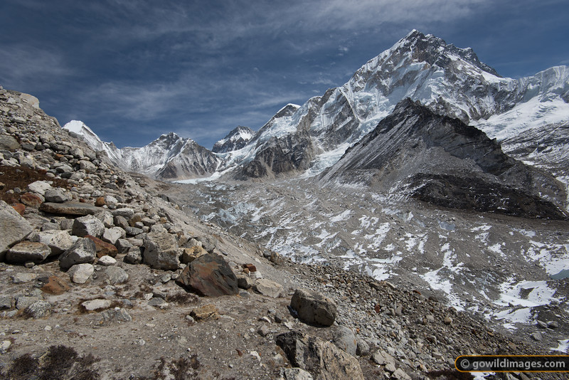Nuptse and the Khumbu glacier. At the end of this valley is the Everest icefall.