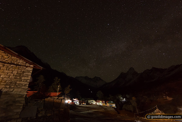 Lodges in Tengboche at 3am - cold, but peaceful! Mt Everest is the high point of the distant range in the centre, Ama Dablam is to the right.