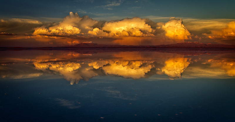 Spectacular sunset with thunderstorm, Salar de Uyuni, Bolivia