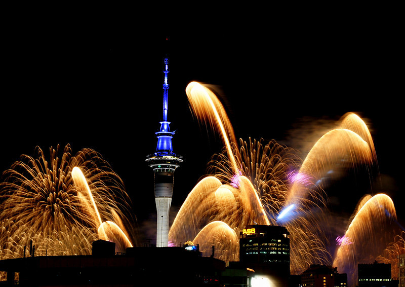 Auckland fireworks celebrating the opening of the Rugby World Cup. (Designed to look like native Toetoe plants blown by the wind).