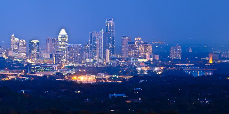 Austin_Texas_Downtown_Cityscape_Skyline_Dusk_Nightphotography_JHarrison_DSC7250