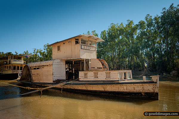 P.S. Etona, paddlesteamer built in 1898, berthed at Echuca on the the Murray River