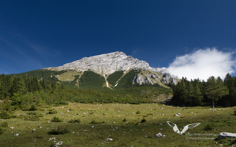 September 2012. Hiking the 'Dreihuettentour'. Very nice view of the Grosser Pyhrgas. Would be another nice hike up there...
