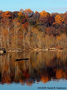 Fall foliage, Virginia Potomac River just upstream of Great Falls November 2008