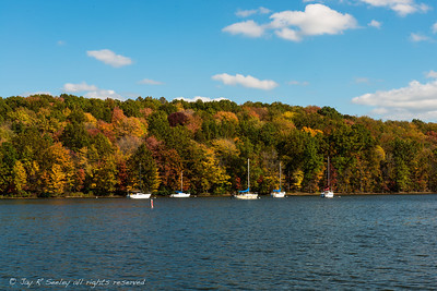Sailboats at anchor on Lake Arthur, Moraine state park