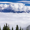 Alpi Giulie orientali ed ocidentali, con un mare di nubi nel fondovalle, viste nei pressi dell'Acomizza. <br /> <br /> Foto n° 011013-854189