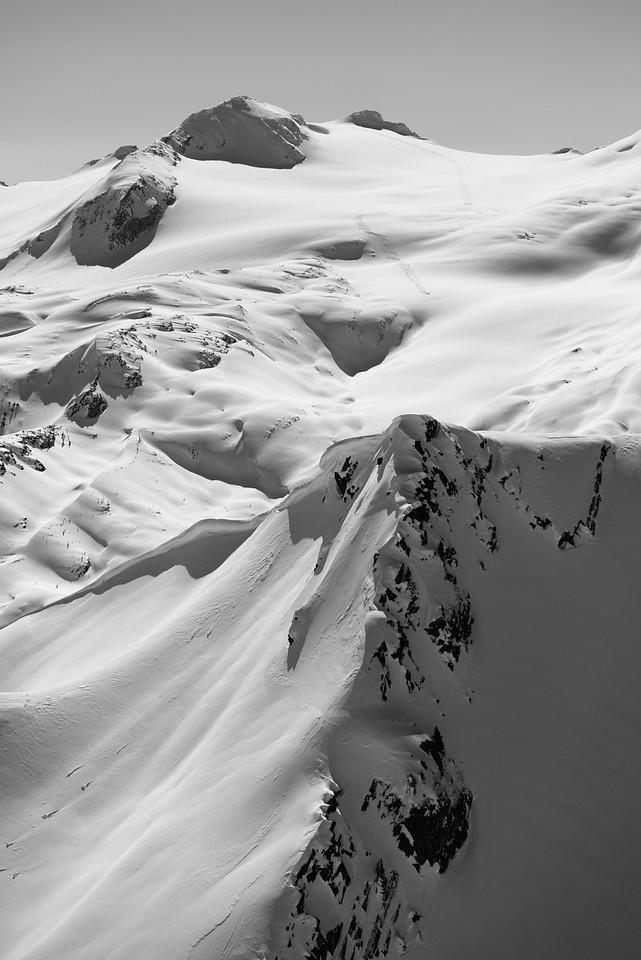 Dellow's Group skiing Snow Ocean