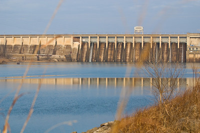 Taken 1-16-11 on a twenty degree morning. Bagnell Dam, Lake of the Ozarks Missouri