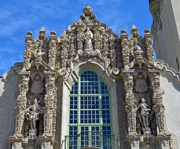 Father Serra statue on top, Cabrillo and Balboa statues below