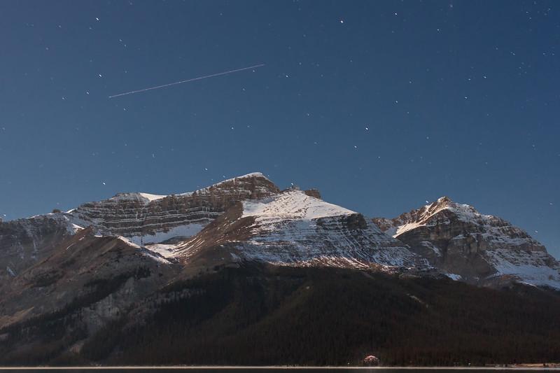 Early morning at Numtijah lodge, Banff National Park