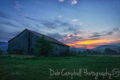 Quilt barn at Sunrise
