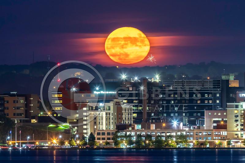 Full Moon West Pier 600