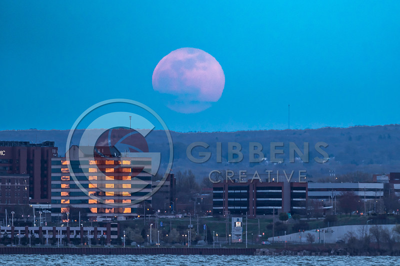 Bayfront Moon April 2021