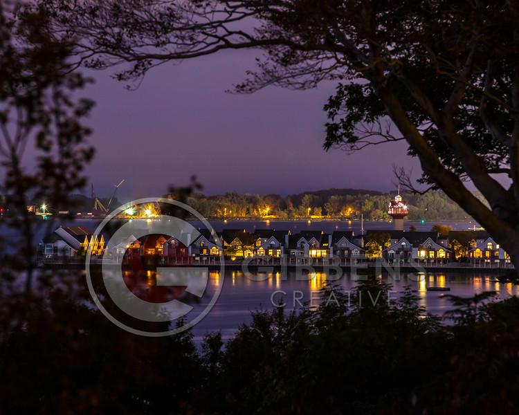 Niagara Pier After Dark 8 x 10