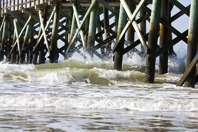 pier waves 1