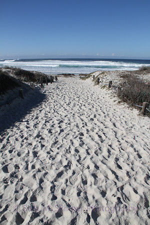 Path to Squeaky Sand