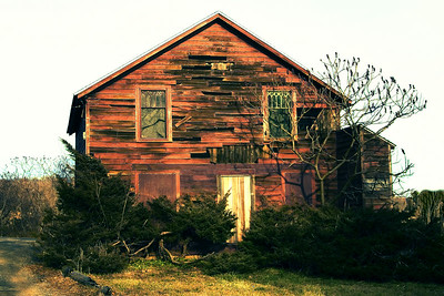 old house, beach house, beach, guilford, guilford CT., old, abandoned, house,