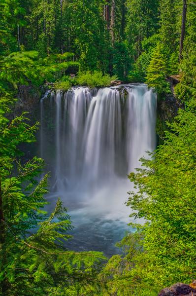 Oregon_Waterfall-DSC_7079_80_81_fused
