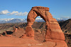 Delicate arch with Lasal mountains