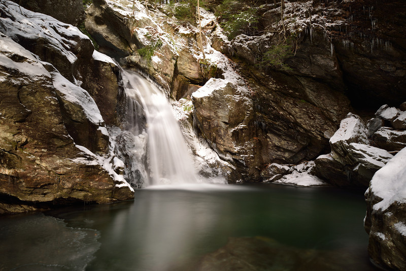 Pic of the Month (November 2012) - Bingham Falls in Stowe, Vermont