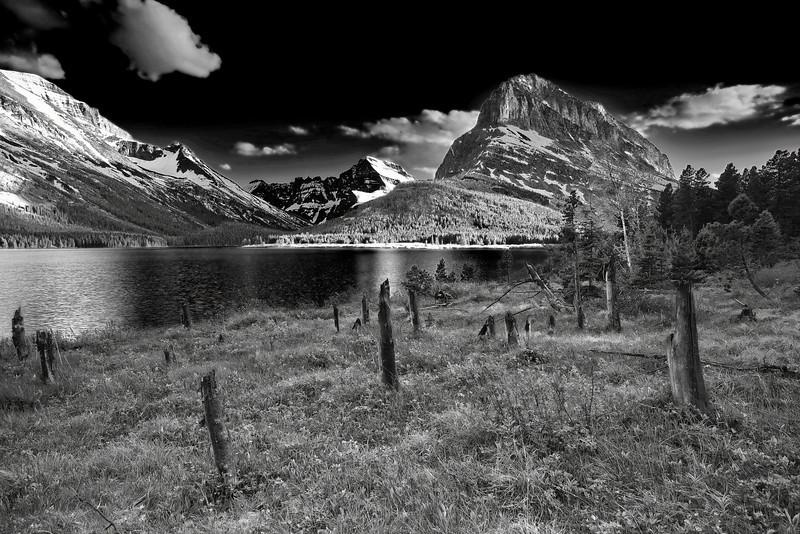 Montana, Glacier National Park, Many Glaciers, Swiftcurrent Lake, Landscape, Black and White, 蒙大拿, 冰川国家公园, 风景, 黑白摄影