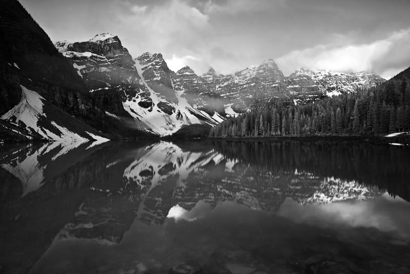 Canadian Rockies, Banff National Park, Moraine Lake, Landscape, Black-White, 加拿大, 班夫国家公园 黑白摄影, 风景