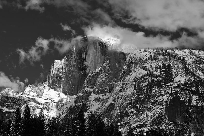 California, Yosemite National Park, Half Dome, Winter, Snow Black White Landscape Art 加利福尼亚 优胜美地国家公园 冬 黑白摄影, 风景