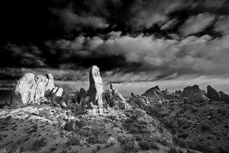 Utah, Arches National Park, Sunrise Black White Landscape Art 犹他, 拱门国家公园 黑白摄影, 风景