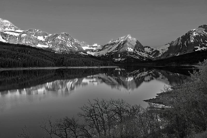 Montana, Glacier National Park, Lake Sherburne, Reflection, Landscape, Black and White, 蒙大拿, 冰川国家公园, 风景, 黑白摄影