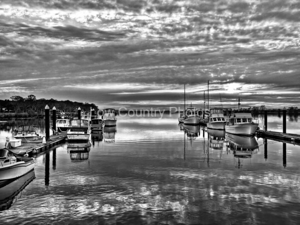 Low Ceiling reflections - Heritage Plantation Marina