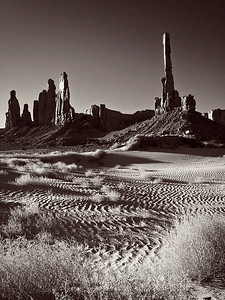 bw09:  Phyllis's black and white image of the Totem Pole and Yei Bei Che (Dancing Spirits) rocks in Monument Valley Tribal Park, Navajo Nation, at sunrise