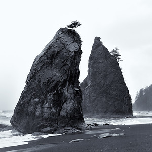 Sea Stacks on Rialto Beach - La Push, Washington