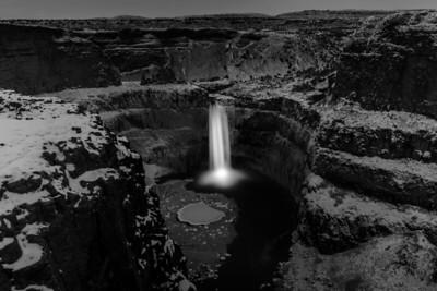 Palouse Falls at Dusk