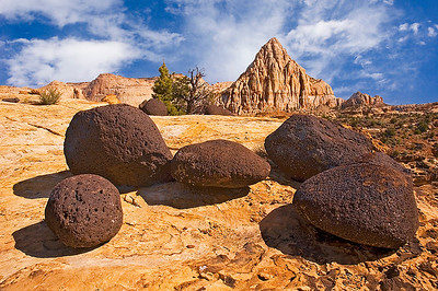 Pectol's Pyramid and lava rocks; Capitol Reef National Park